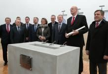 Września: Wmurowano kamień węgielny pod nową fabrykę samochodów Volkswagen